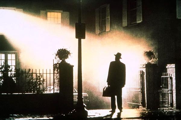 como ver las peliculas de el exorcista en orden, películas de terror, saga el exorcista
